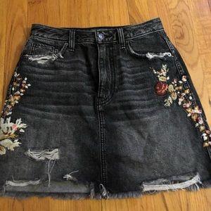 Abercrombie & Fitch Skirts - Abercrombie & Fitch black denim skirt
